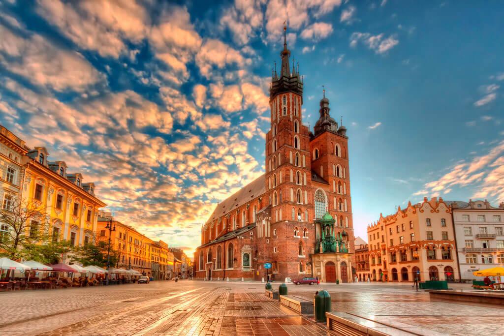 Купить страховку в Польшу онлайн