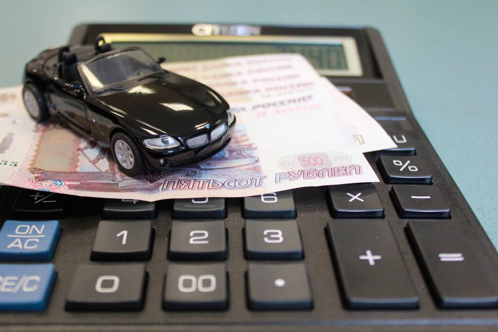 Где лучше покупать машину в кредит